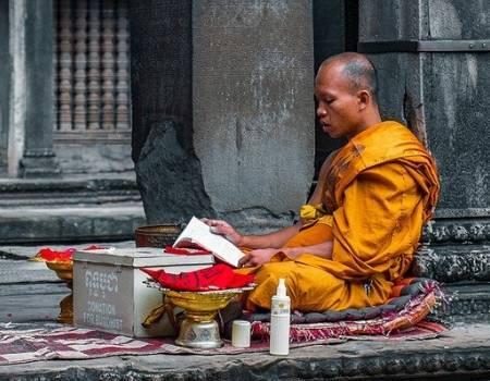 Ritos-del-Budismo-para-Dioses